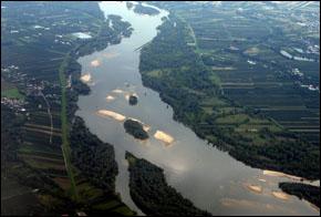 Poland Endures Second Round of Flooding of the Vistula River ...