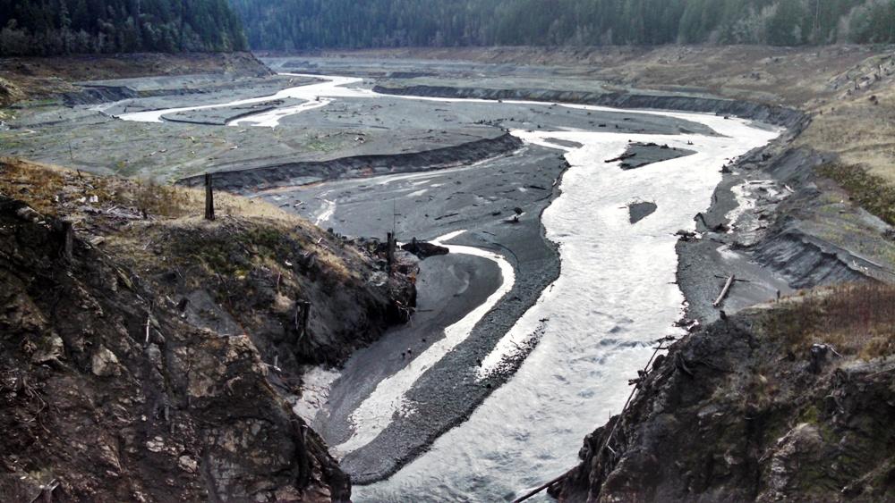 a history of dams and dam removals 5 reasons dam removal still makes sense despite the dam removal still makes sense despite the drought become the largest dam removal project in history.