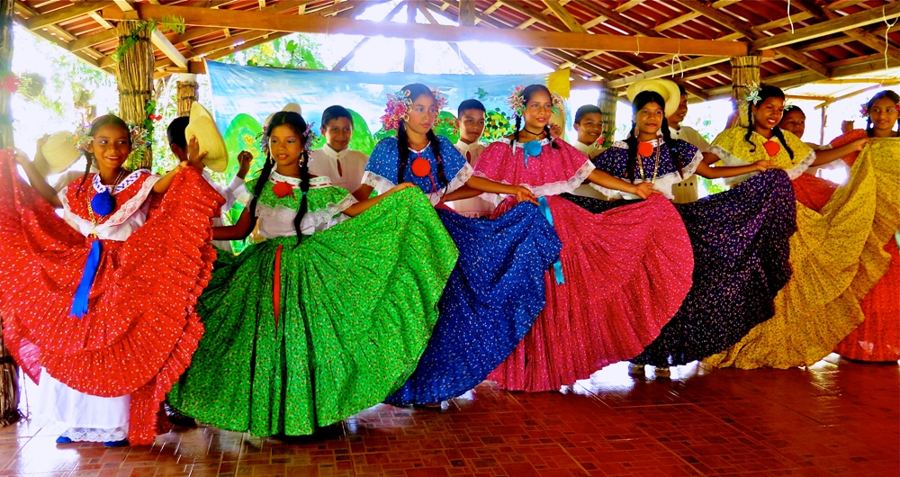 Panama Quebrada Ancha dance economy development