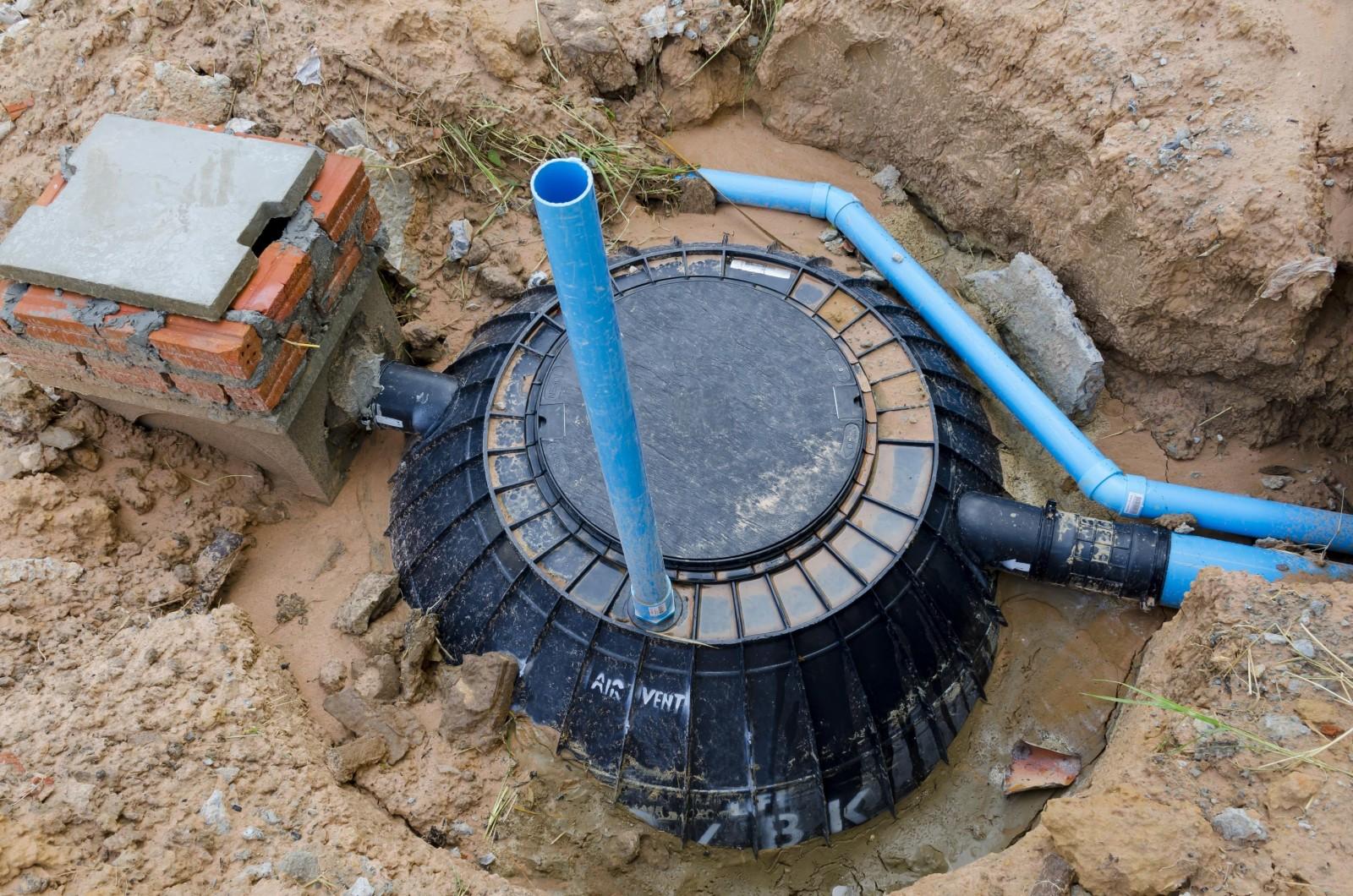 Как сделать выгребную яму с высоким уровнем грунтовых вод