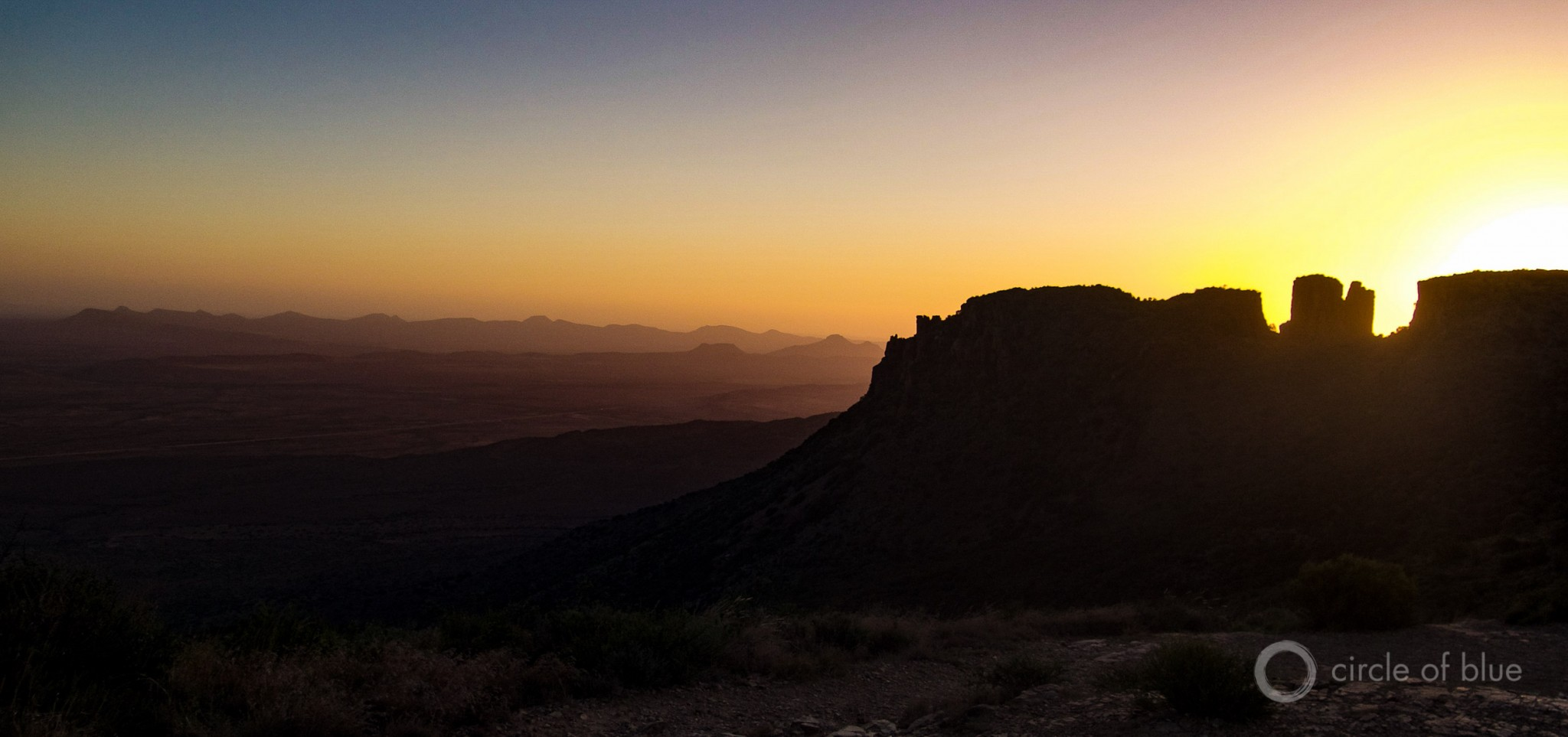 It is fitting that the Karoo, a spectacle of light and land so central to South Africa's geography and history, is now the stage for another of the momentous choices about energy confronting the nation at the bottom of the continent. Photo © Keith Schneider / Circle of Blue